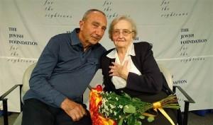 Holocaust Survivor Reunited With His Rescuer